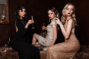 Новогодняя акция клуба красоты - получи в подарок специальную цену на создание новогоднего образа.