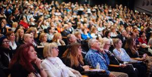 Лекции о ботулинотерапии на конгрессе в Париже. Новые знания в косметологии в клубе красоты authentica club стиль жизни